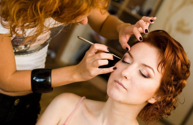 How to get an education stylist-makeup artist