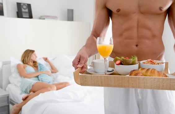 Как провести 8 марта с женой
