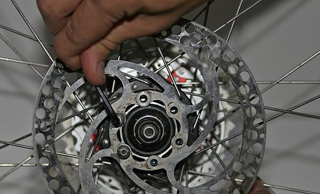 Как поставить на велосипед дисковые тормоза