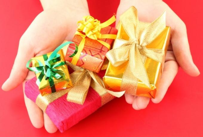 Подруге подарок на 8 марта своими руками