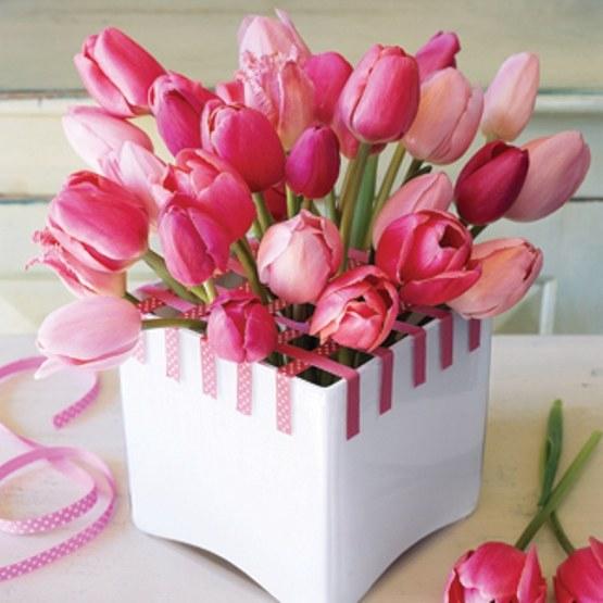 Как выбрать подарок на 8 марта девушке
