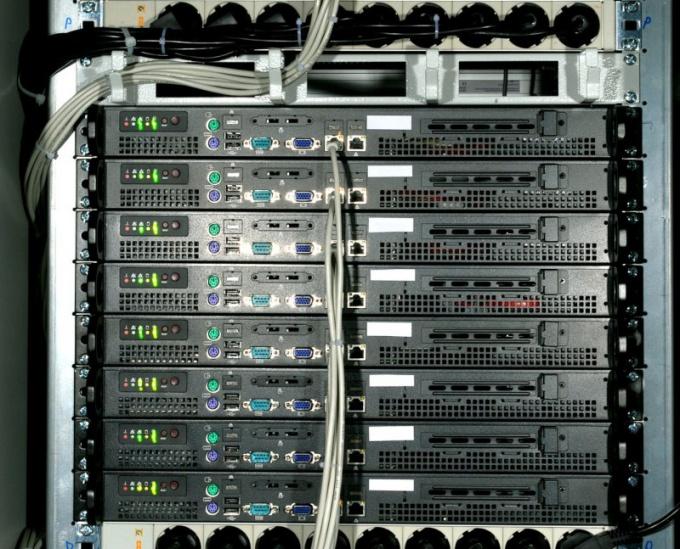 Как установить сервер в сети