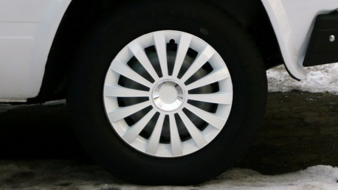 How to attach wheel covers