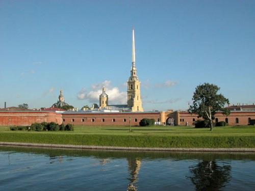 Почему был построен Петропавловский собор