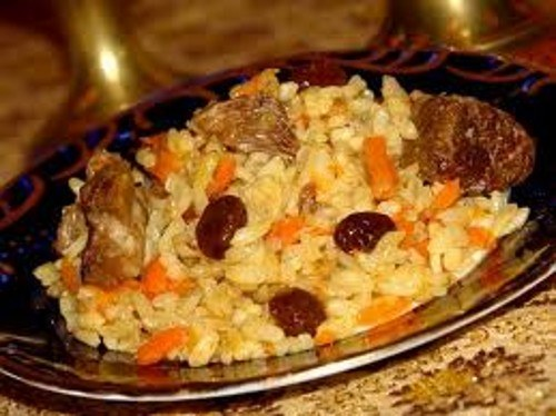 How to cook pilaf with dried fruit