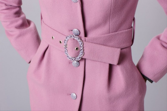 How to remodel an old coat