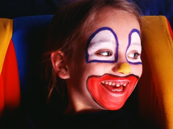 How to draw a clown face