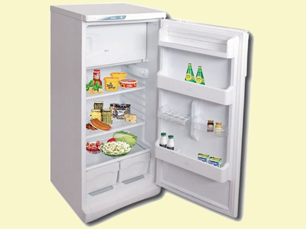 "How to defrost the refrigerator ""Stinol"""