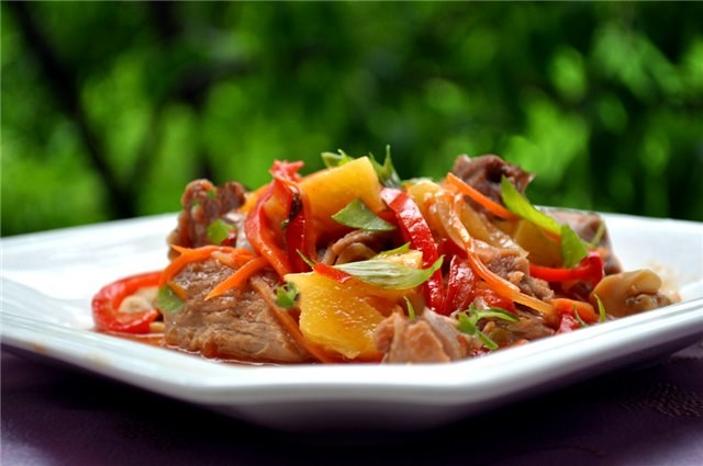Как готовить мясо с овощами