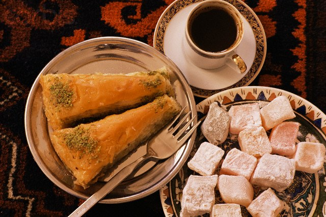 How to prepare Oriental sweets