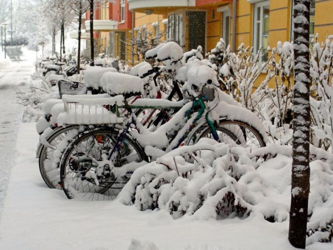 Как и в чем ездить на велосипеде зимой