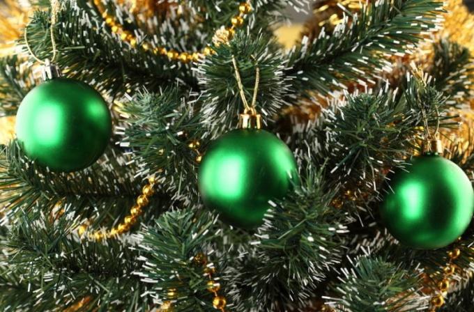 Какова история новогодней елки
