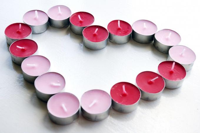 Как провести День Всех Влюбленных с парнем