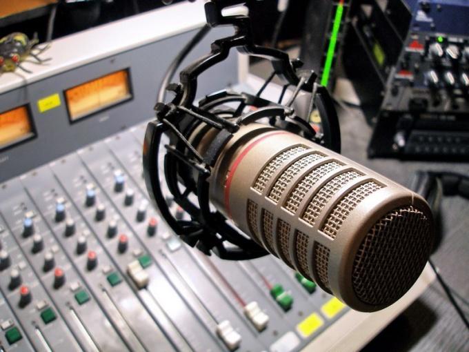 Как заработать на интернет-радио