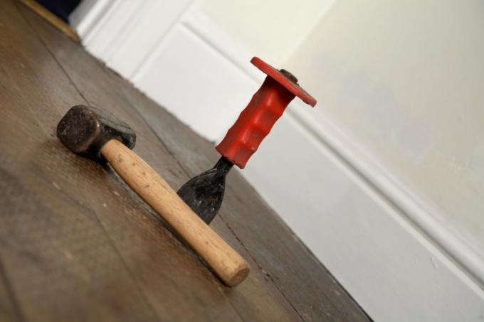 Как перестелить в квартире пол