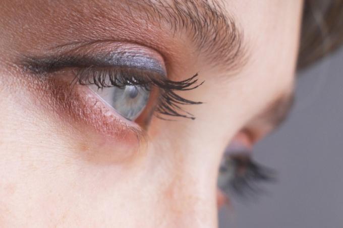 Как лечить больной глаз