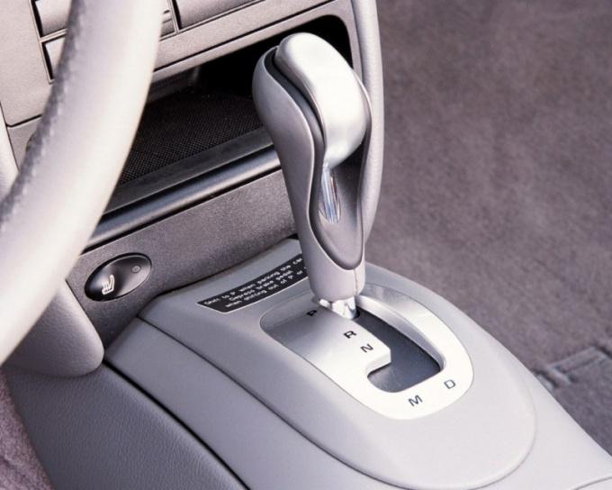 Как водить автомобиль с АКПП