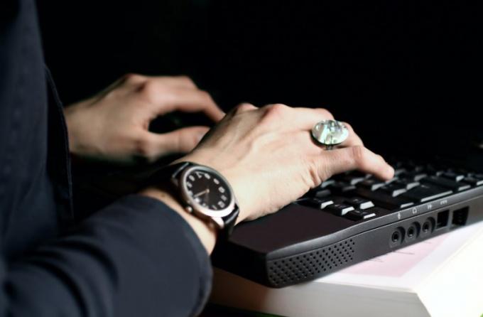 Как загрузить BIOS в ноутбуке