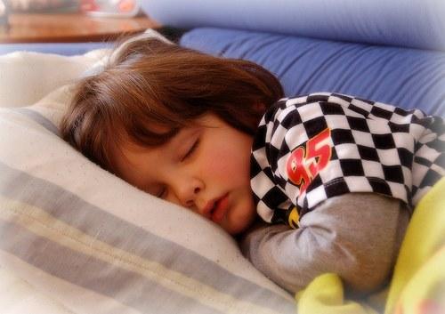 Как лечить ночной энурез у детей