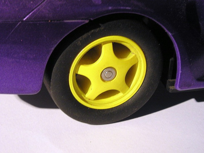 Как покрасить легкосплавные диски