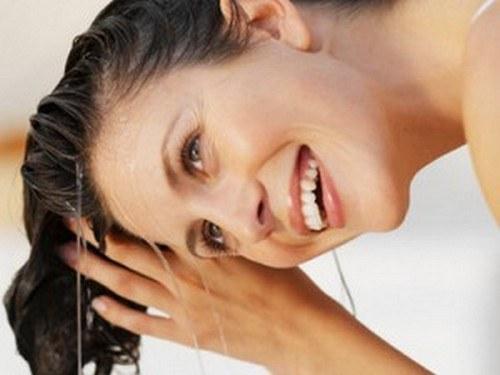 Как вывести с волос тоник