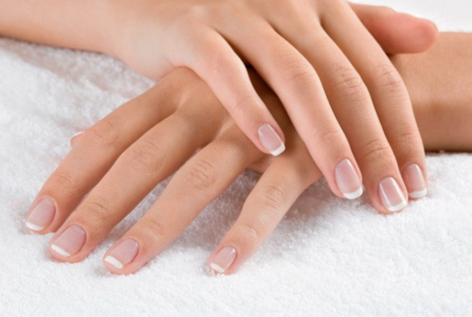 Как определить состояние здоровья по ногтям
