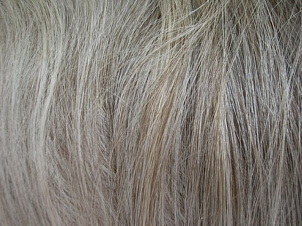 How to prevent graying of hair