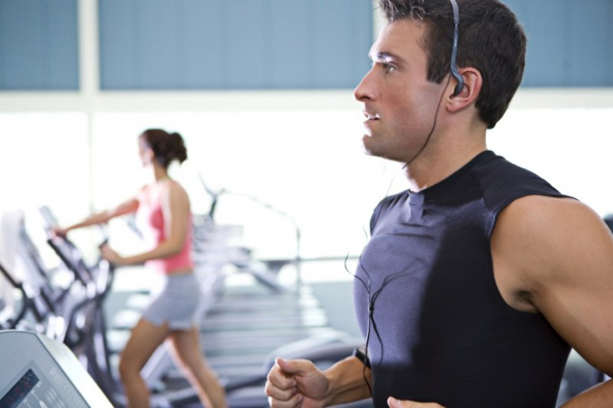 How to attract customers to the fitness club
