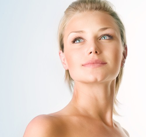 How to make acne imperceptible