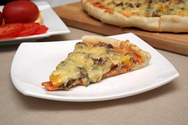 Как приготовить мясную пиццу