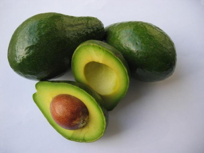 How to eat avocado raw