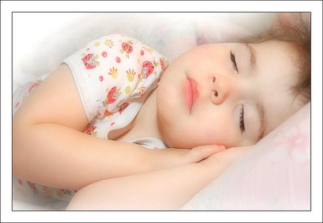 Как отучить ребенка писать ночью