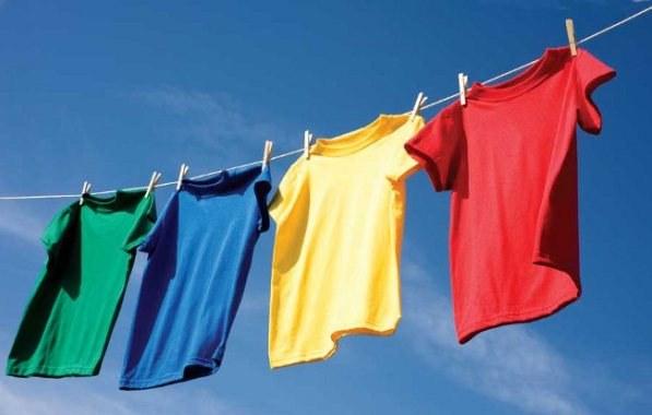 Как избавить одежду от запаха пота