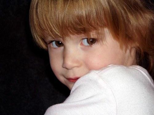 Как лечить детские запоры
