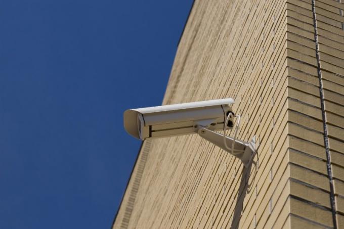 Как сделать камеру видеонаблюдения