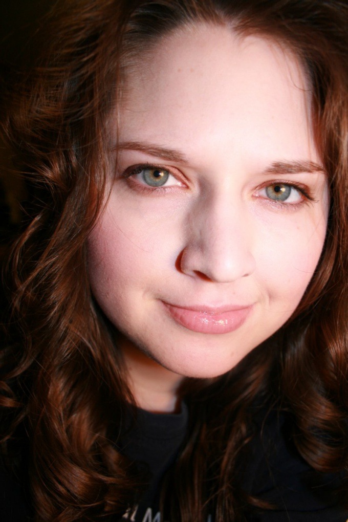 Как красить каре-зеленые глаза