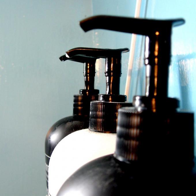 Как наносить оттеночный шампунь