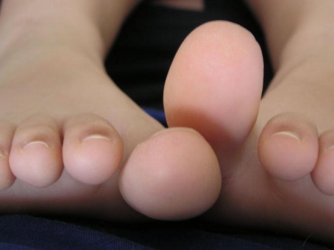 Как лечить сустав на ноге большого пальца