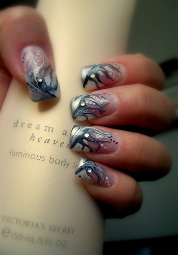 How to make a beautiful nail design