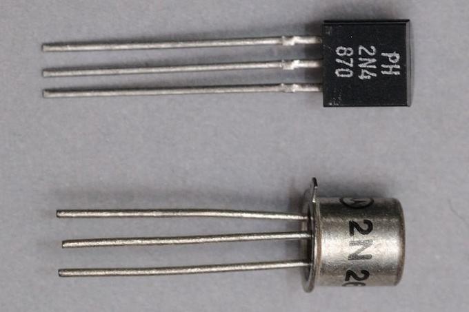 Как включить транзистор