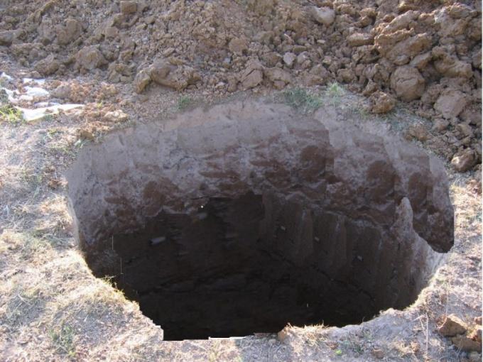 Как копать землю зимой