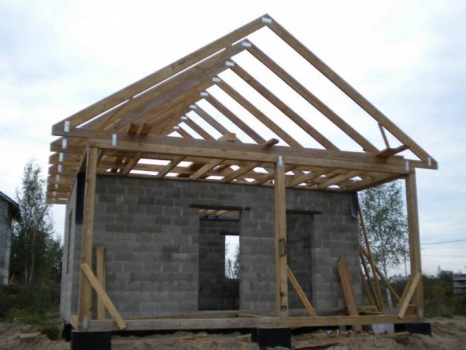 How to build a house out of cinder block