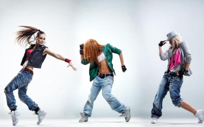 Как обучиться танцевать девчонке хип-хоп