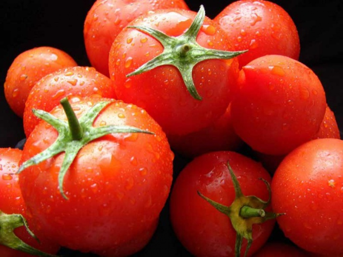 What are the varieties of tomatoes
