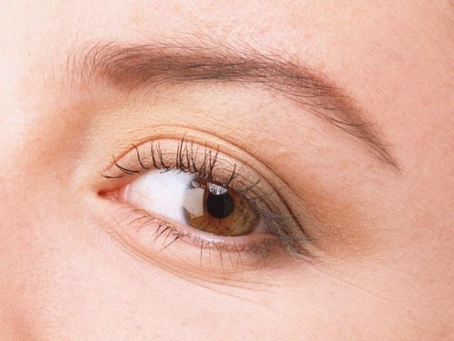 Как визуально сделать глаза больше