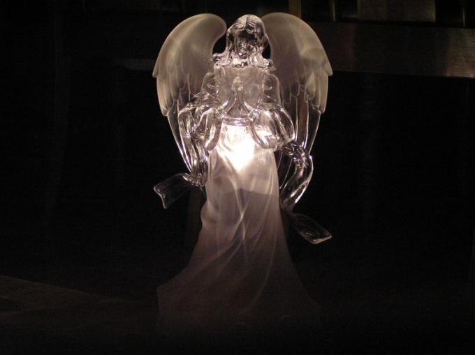 Как поговорить с <strong>ангелом</strong>-<b>хранителем</b>