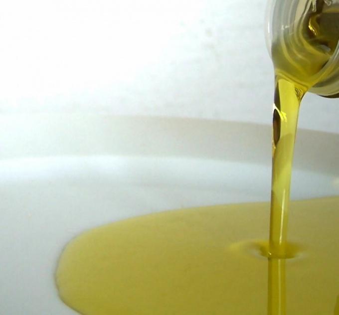 How to use olive oil for hair