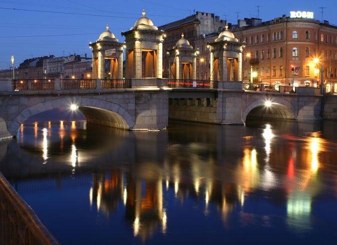 Куда сходить вечером в Петербурге