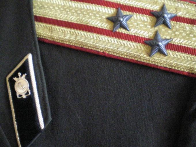 Как можно стать офицером