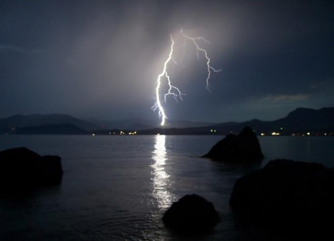 Как в фотошопе сделать молнию
